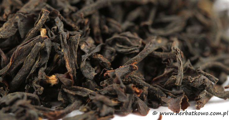 Czarna herbata Kenia OP Kangaita | www.herbatkowo.com.pl Smaczna, o wyraźnym smaku herbata czarna uprawiana w Kenii. Ze względu na atrakcyjną cenę polecamy ją jako herbatę codzienną. Daje dość ciemny napar o mocnym smaku.