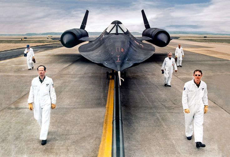 The Lockheed SR-71 Blackbird is still the world's fastest airplane with a speed of 2,193 mph (3,530 km/h.) This fascinating video reveals how its top secret engine technology works.