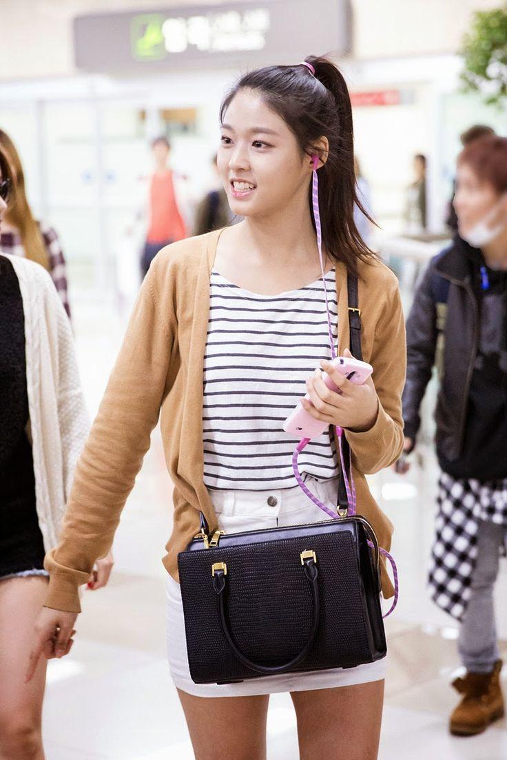 AOA SeolHyun @ Airport