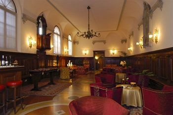 Hotel Abbazia, Venice, Italy, right by the train station, romantic, great owners!