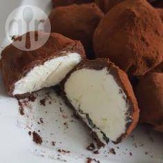Seline's slagroom truffels @ allrecipes.nl