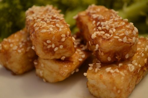 Golden Sesame Tofu aka close to Whole Foods Sesame Tofu aka tofu that actually tastes good. (I'm not a big tofu fan, but these are delicious) Ingredients: ¼ cup raw sesame seed 14 ounces extra firm tofu ¼ cup cornstarch canola oil or peanut oil, for...