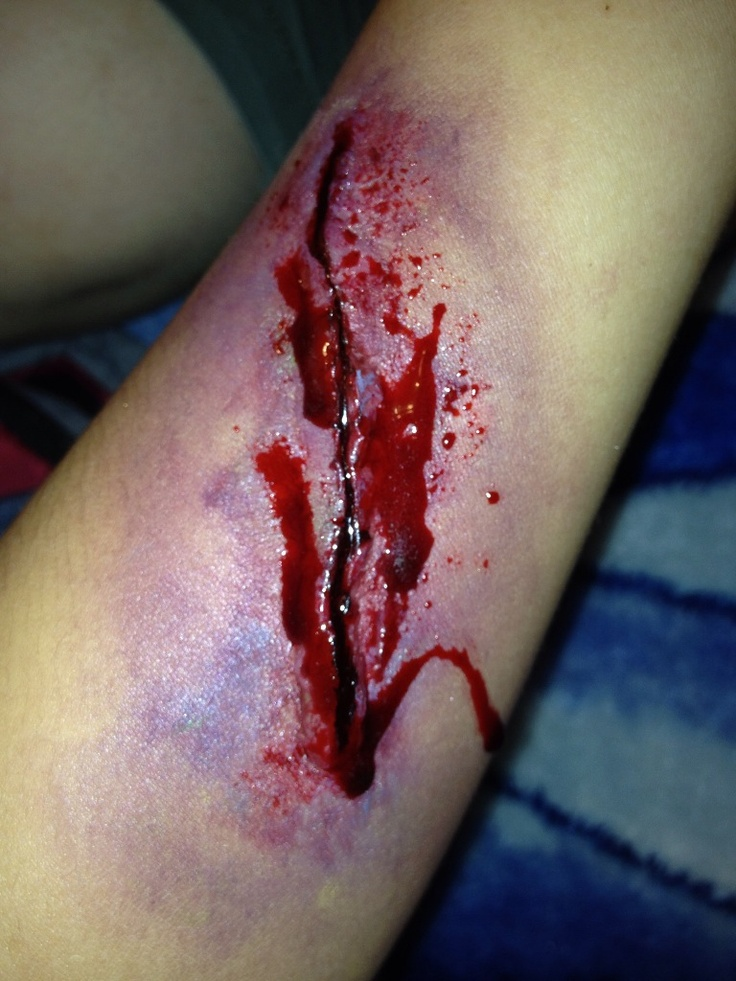 gory gruesome  special fx halloween makeup
