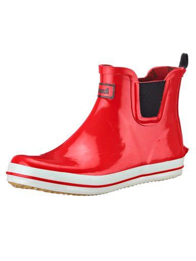 Zugegeben: Regenwetter ist nicht immer erheiternd – aber unsere Gummistiefelette ist da, um mit Ihnen das Beste daraus zu machen! #Mode #Rot #Gummistiefel