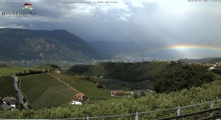 Regenbogen über Bozen  www.huebenburg.com