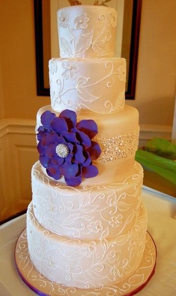 White Lace & Purple Flower Wedding Cake