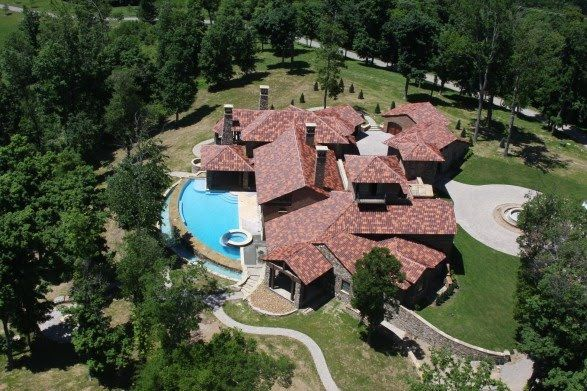 Kenny chesney house franklin tn celebrity homes for Nashville tn celebrity homes
