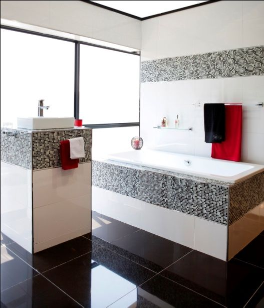 A Free Standing Built In Bathu0027s Encasing Can Be Beautifully Tiled To Grab  The