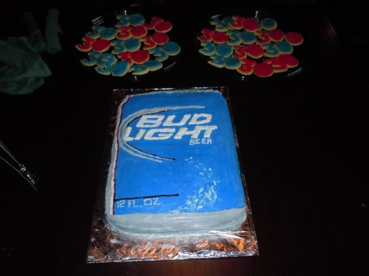 Bud Light Can Cake & # 30 Cookies Photo:  This Photo was uploaded by mherrig. Find other Bud Light Can Cake & # 30 Cookies pictures and photos or...