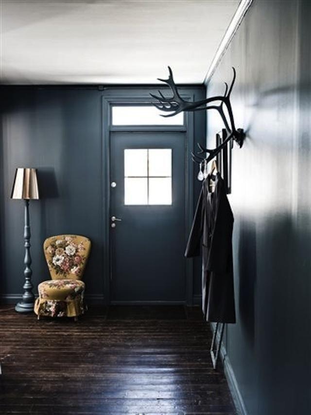 DIY: Painted Antler Coat Rack : Remodelista