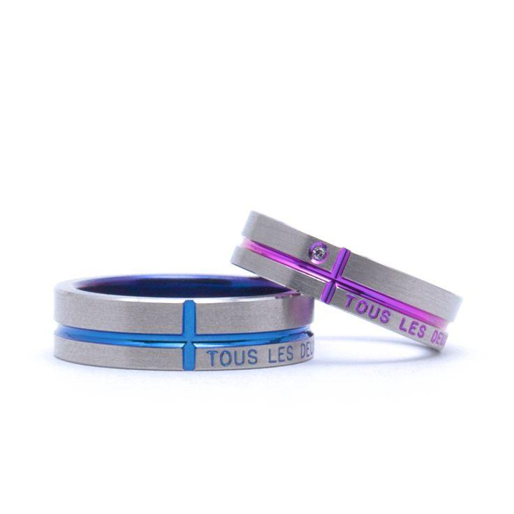 【結婚指輪 ライン(表面文字)】表面のクロス右下にメッセージを入れることができるデザインです。おふたりの愛を誓うメッセージを入れてくださいね。素材:Ti(チタン)。