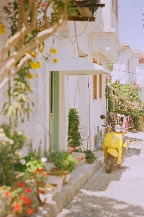 thegluegun:  yellow - Bozcaada / 2011© Copyright, Hazal Kızıltoprak