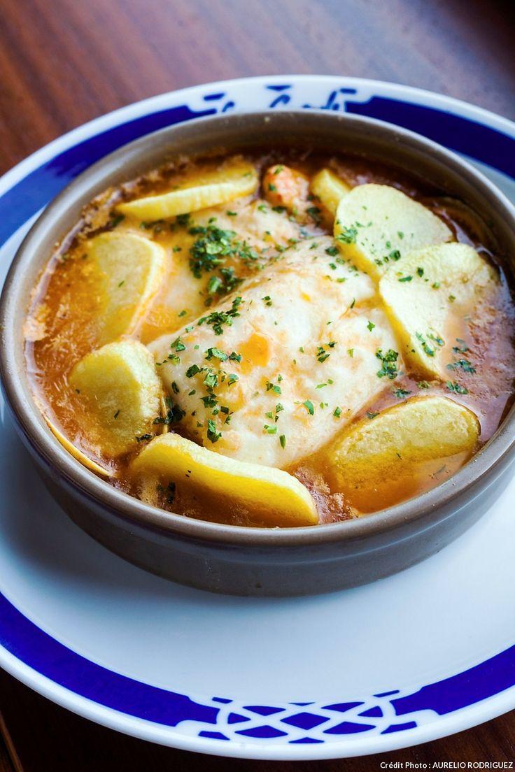 Servez ce bon petit plat espagnol avec des pommes de terre au four...