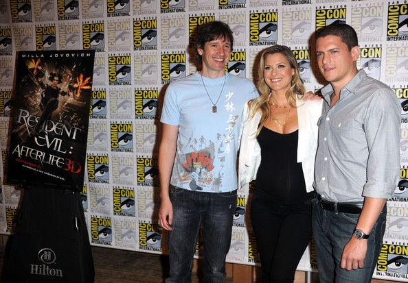 """Wentworth Miller Photos Photos - Director Paul W.S. Anderson, actors Ali Larter, and Wentworth Miller attend the """"Resident Evil: Afterlife"""" red carpet during Comic-Con 2010 on July 24, 2010 in San Diego, California. - """"Green Lantern"""" Carpet - 2010 Comic-Con"""