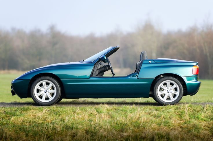 BMW Z1+++ Like this #BMW page - - You little beauty!! I love Cool cars http://hectorbustillos.weebly.com/