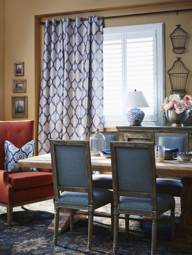 Traditional Dining Room Style, Ideal For Gathering Family And Friends  During The Holidays. Get The Look With Rustic Wood Furniture With Classic  White And ...