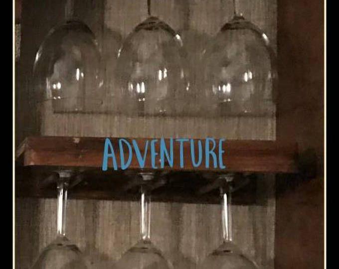 Estante de vidrio de vino para los campistas