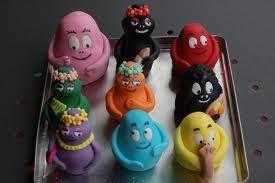 "barbapapa cake...My children will watch this in Italian.  The Italian ""it"" cartoon! so cute!"