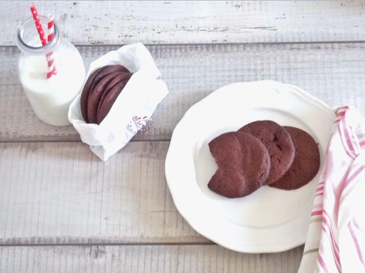 Die wohl schnellsten und einfachsten Kekse der Welt: Für diese Nutella-Kekse brauchen Sie nur 3 Zutaten. Im Video zeigen wir Ihnen, wie sie gelingen.