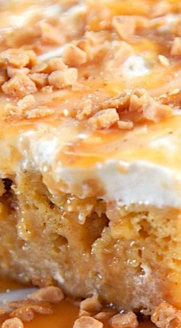 Caramel Apple Pie Poke Cake