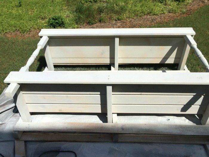Spray schilderen - gemaakt van een pallet - outdoor oppotten tafel dient als buffet of een drankje servicegebied