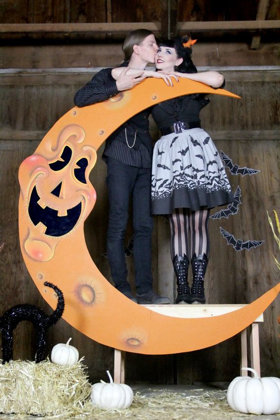 Jack O Lantern Paper Moon Halloween Photo Booth and Bench