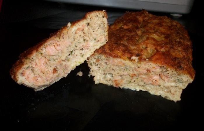 Régime Dukan : Cake moelleux thon et saumon fumé #dukan http://www.dukanaute.com/recette_cake_moelleux_thon_et_saumon_fume-5278.html