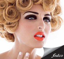 Consigue un maquillaje luminoso pintándote los labios naranjas.  #Makeup #Orange #Lips http://tienda.fedco.com.co/Catalogo/marcas/busqueda/Diego%20Dalla%20Palma