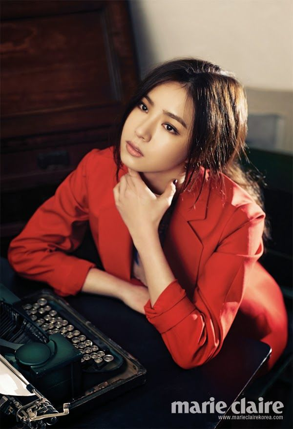 Shin Se Kyung - Marie Claire March 2014