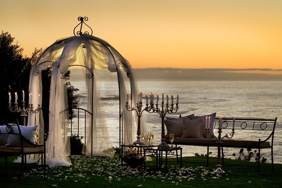 Are there any more romantic settings for a #wedding than The Fynbos Gardens at The Twelve Apostles in #CapeTown? #Hotels