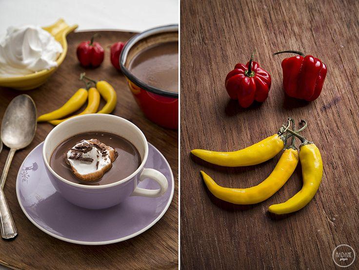 Σούπα σοκολάτα με πιπεριά τσίλι! Και καυτό και σοκολατένιο!- Pasta Flora