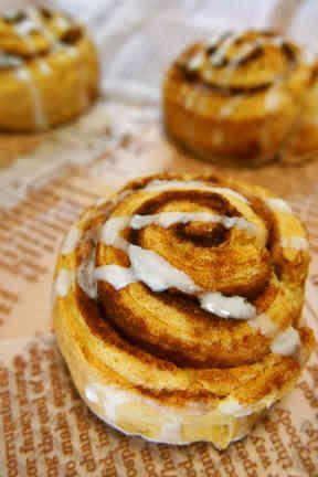 朝食にも◎HMで簡単パン♡シナモンロールの画像