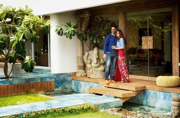 Akshay Kumar and Twinkle Khanna residence inside pics 1 (9)