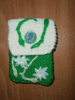 Lia B. Creations: Woollen pouch 017