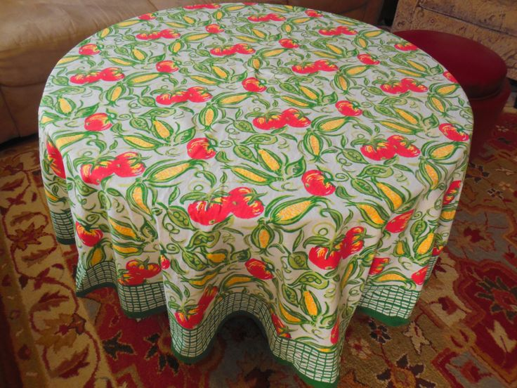 """Vintage Farmhouse Tablecloth - Pomegranate Brand Kentucky - Tomatoes, Corn & Peas - Round 66"""" by BeautyFromThePast on Etsy"""