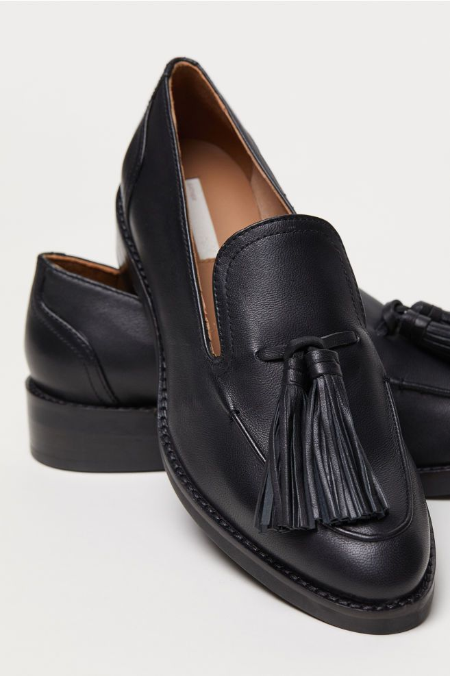 151bcfd8792 H M Tasseled Loafers - Black in 2019