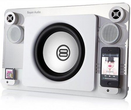 Bayan 7 iPod & iPhone dock WANT!