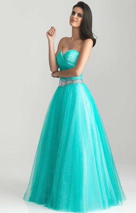 This is a prom dress i would wear