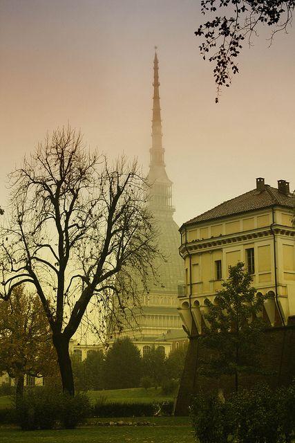 autumn in Turin by lorenzo.aloigi