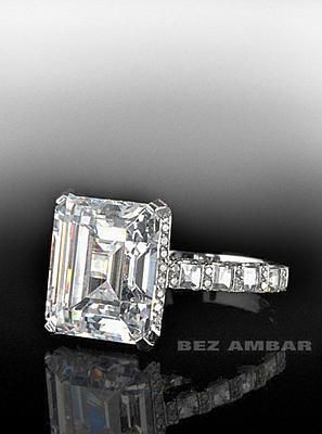 In this particular picture, the Heavenly mounting holds a 1.50 carat Asher Cut diamond.