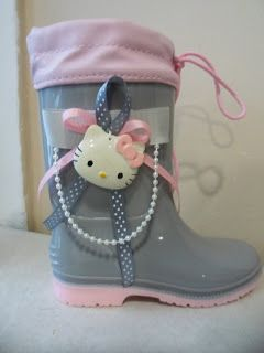 pink grey wellies with hello kitty by ellishoes.blogspot.com