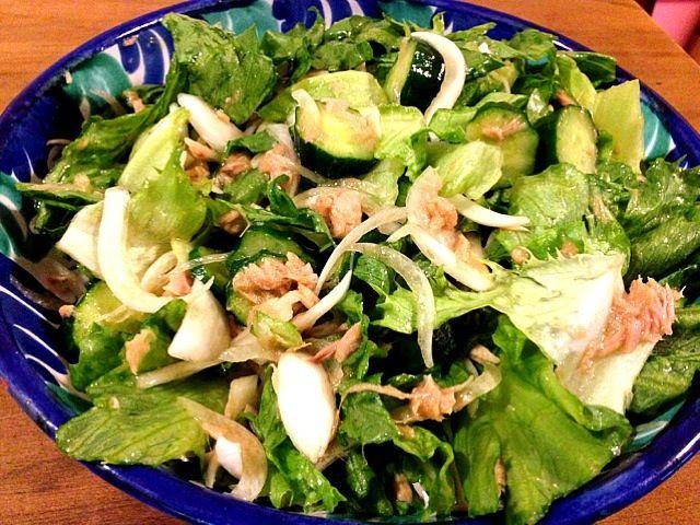 実家で良く作っていたサラダです。何故か飽きのこない味です^_^ - 10件のもぐもぐ - ツナサラダ by kunikichi