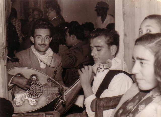 MOXOΣ...1969…στο γάμο του Στελιανού του Μηλάκο…Κάσας…Νικόλης του Τυρή και Μαρία του Νταμπάκη