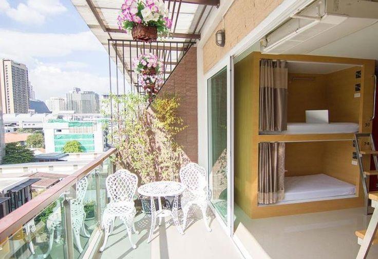 Best hostels in Bangkok d box hostel