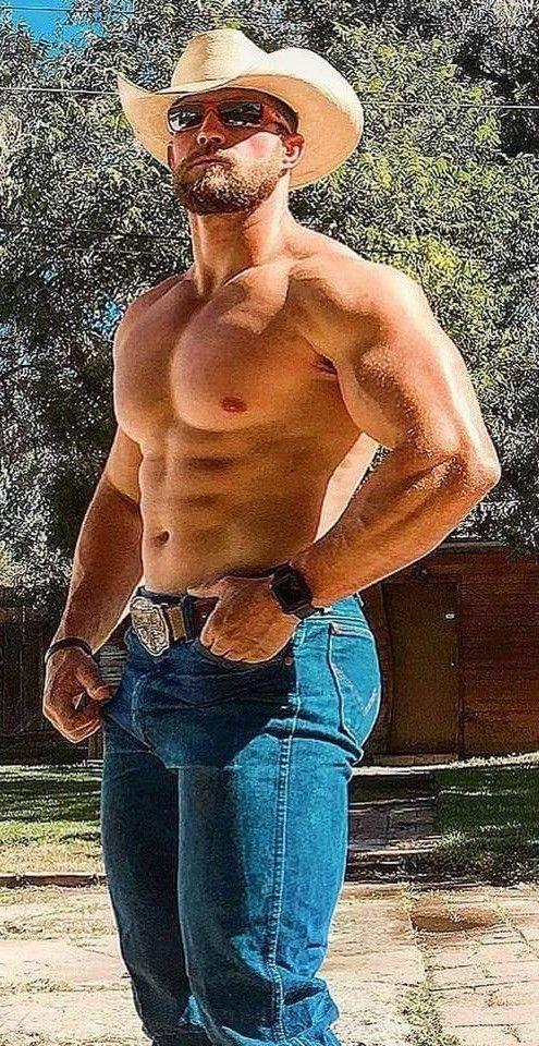 Super muscle boyz hammering