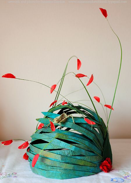 paper hat with great dimension, color and frivolity - Yes, and it could be quilled!