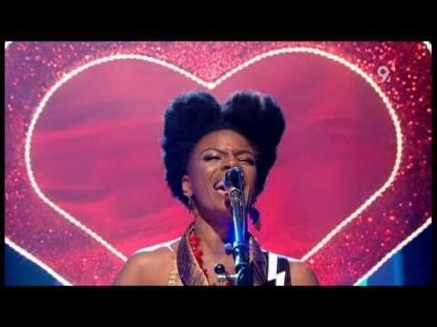 Noisettes - Never Forget You (Live Jools Holland 2009)