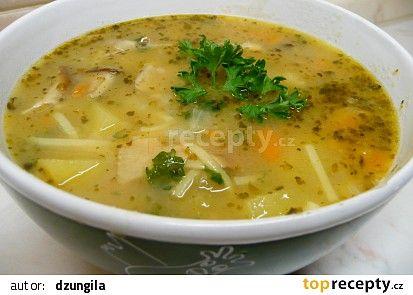 Selská polévka s nudlemi recept - TopRecepty.cz
