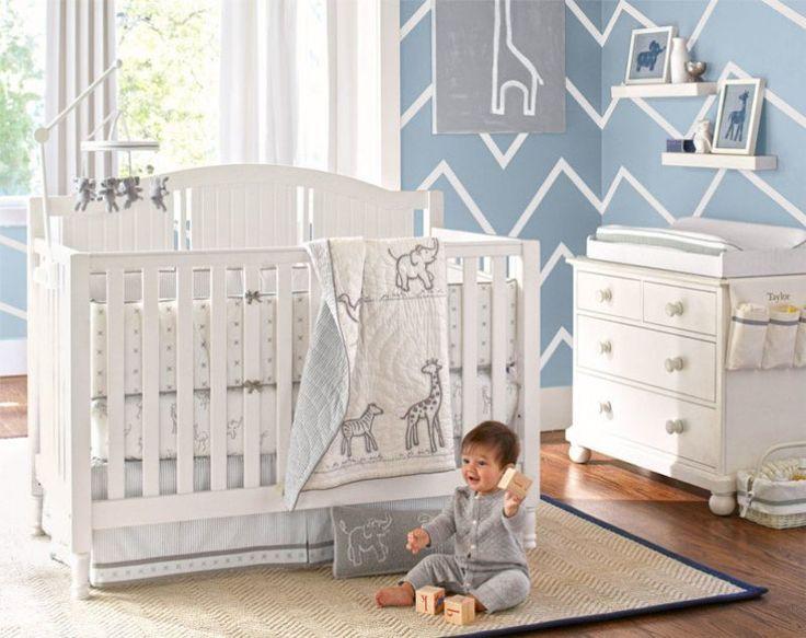 décoration chambre bébé garçon et papiers peints au motif chevron