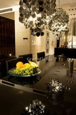 Apartment for sale in Poland, Warsaw (sqft: 2239, 4 rooms). Price: $1600000